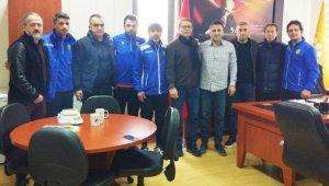 Yeni Malatyaspor altyapı antrenörleri Dekan Gündoğdu'ya ziyaret