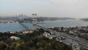 İstanbul trafiğine korona virüs etkisi; 15 Temmuz Şehitler köprüsü boş kaldı