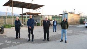 Tarhan'dan, korona ile mücadele eden çalışanlara simit ayran ikramı