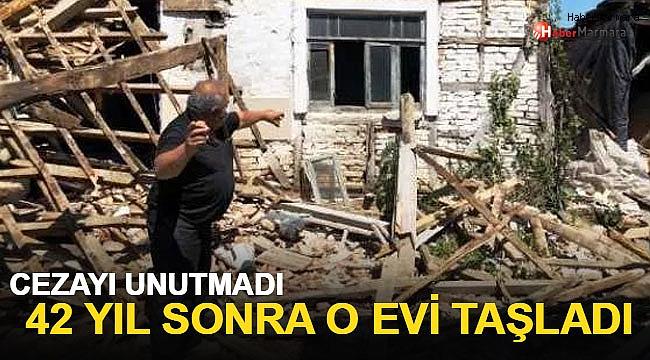 Cezayı unutmadı 42 yıl sonra o evin camlarını taşladı