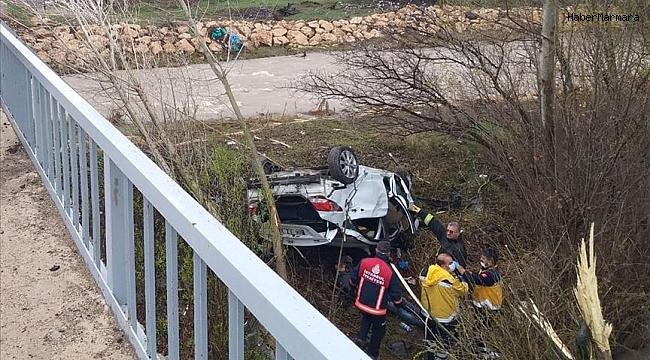 Dereye uçan otomobilde 4 kişi öldü!