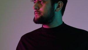 DJ Kerim Büyük, müzik çalışması için üç müzisyenle eve kapandı