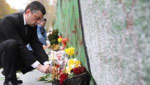 Gürcistan'da 9 Nisan kurbanları anıldı