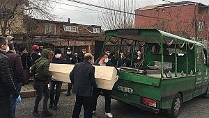 İstanbul'da  59 yaşındaki kadının şüpheli ölümü