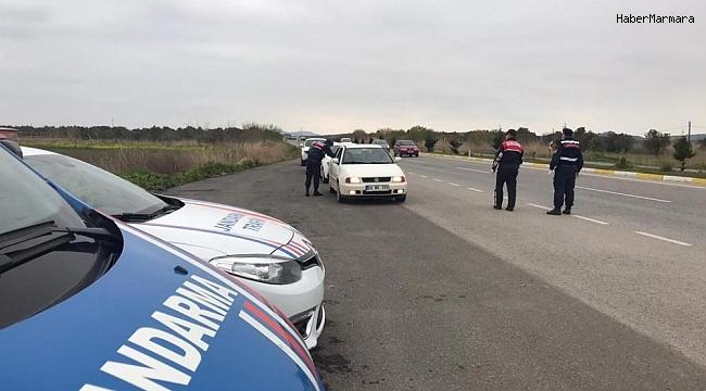 Jandarma 25 aranan şahsı yakaladı