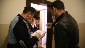 Korona virüs salgınına karşı Kadıköy el ele