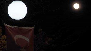 Süper Ay, Yozgat semalarında kendisine hayran bıraktı