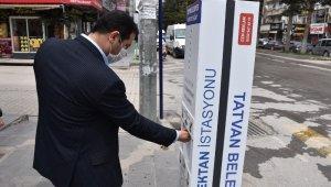 Tatvan'da el dezenfektan istasyonları kuruldu