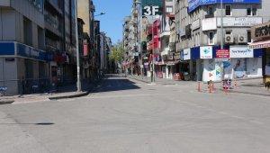 Zonguldak'ta kısıtlamanın ikinci gününde de cadde ve sokaklar sakin