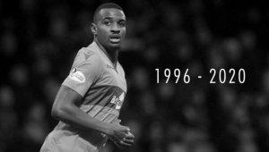 23 yaşındaki futbolcu evinde ölü bulundu!