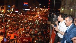 AK Parti Milletvekili Aydemir: ''Darbeleri ve destekçilerini lanetliyoruz'