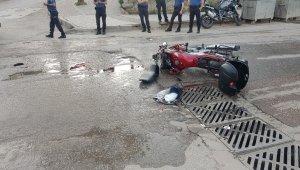Aracın çarptığı motosiklet sürücüsü hayatını kaybetti