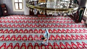 Avcılar'da camiler cuma namazına hazır