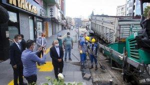Başkan Büyükkılıç asfaltlama çalışmalarını denetledi
