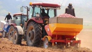Bitlisli çiftçilerden korona virüsle mücadelede üretim seferberliği