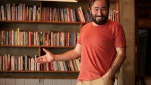 """Çukur'un Medet'i Mustafa Kırantepe; """"Oyunumun prömiyeri olacağı hafta kendimi mutfakta buldum"""""""