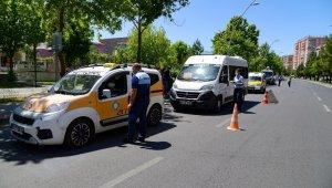 Diyarbakır'da toplu taşıma araçları denetleniyor