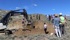 Erzincan'da inşaat kazısında savaş döneminden kaldığı tahmin edilen kemikler bulundu