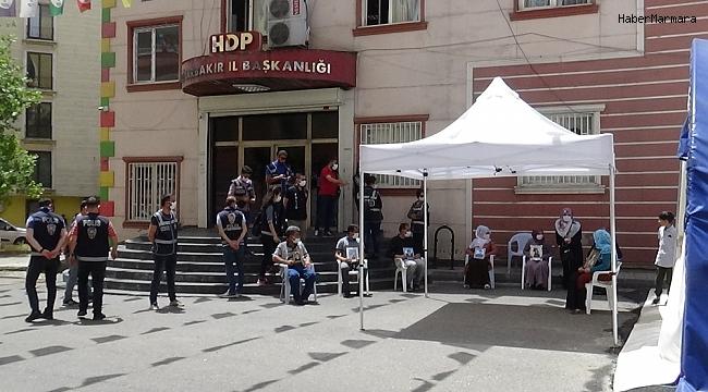 HDP önündeki ailelerin evlat nöbeti 272'nci gününde