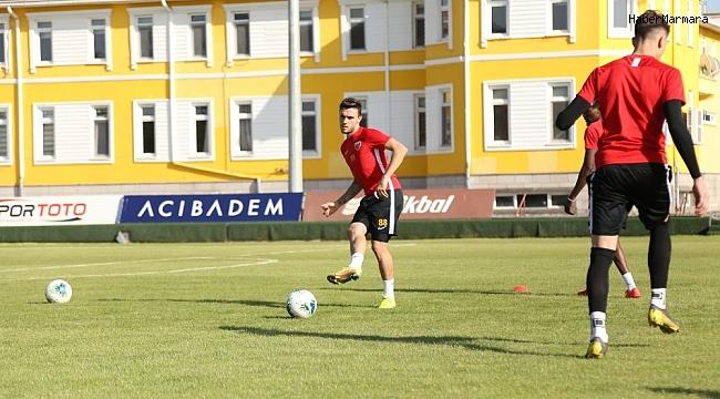 """Kayserisporlu Gustavo Campanharo: """"Ligde kalacağız, biz buna inandık"""""""