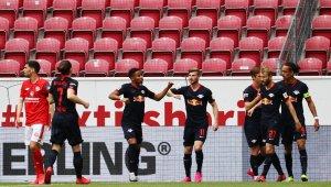 Leipzig deplasmanda farklı kazandı