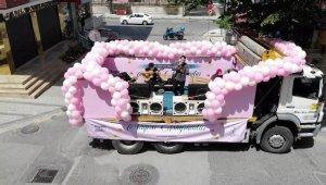 Sancaktepe'de bayramda vatandaşlara gezici konser verildi