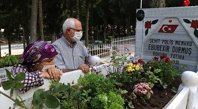 Şehit aileleri evlatlarının mezarına götürüldü