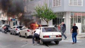 Söke'de yanan otomobil paniğe yol açtı