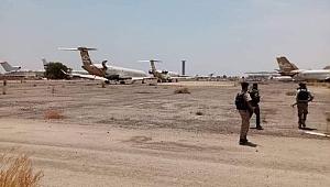 SonDakika: Libya Ordusu (UMH) Trablus hava limanına girdi.