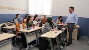 BAYSEM yeni öğrencilerini seçiyor