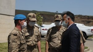 Bitlis Valisi Çağatay'dan Özel Harekat Tabur Komutanlığına ziyaret