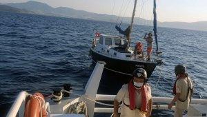 Bodrum açıklarında makine arızası yapan tekne kurtarıldı