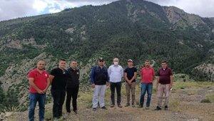 Bölge Müdürü Ayatay Uzundere'de yol yapım çalışmalarını yerinde inceledi