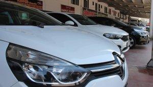 İkinci el araç piyasası yükseldi; galericiler piyasaya yetişemiyor