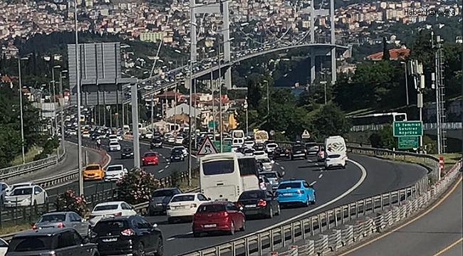 İstanbul'da cuma trafiği yoğunluğu! İşte son durum...
