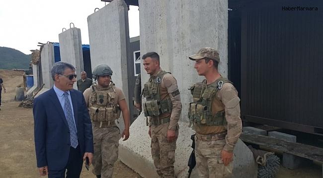 Kaymakam Özkan'dan operasyon bölgesindeki askerlere ziyaret