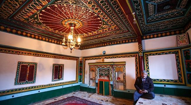 Sanat kokan 150 yıllık köy odaları