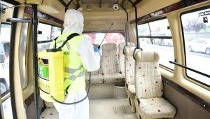 Şirinevler'de minibüsler dezenfekte edildi