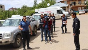 Tufanbeyli'de uyuşturucu operasyonu: 5 gözaltı