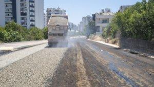 50. Yıl Mahallesi'nin 10 yıllık asfalt sorunu çözüldü