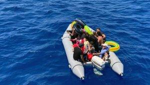 60 sığınmacı kurtarıldı
