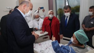 Bakanlar, fabrikadaki patlamada yaralanan çalışanları dinledi