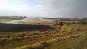 Buğday tarlasında yangın çıktı