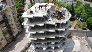 """Çetin: """"Kaçak binayı affetmem"""""""