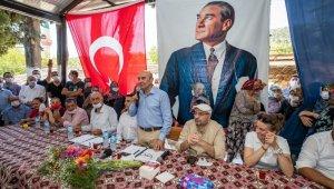 İzmir Büyükşehir Belediyesi, 200 tonluk salatalık alım sözleşmesi imzaladı