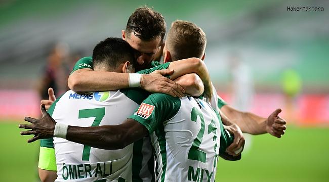 Konyaspor 4 -3  Başakşehir