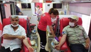 Korkuteli'nde 2 günde 235 ünite kan bağışı