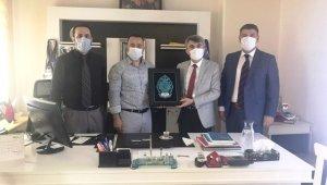 Rektör Uysal'dan Türkiye Muaythai Federasyonu'na ziyaret