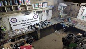 Rize'de kaçak silah imalathanesi ele geçirildi