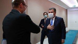 Sağlık Bakanı Fahrettin Koca'nın DSÖ Avrupa Bölge Direktörü Dr. Hans Kluge ile görüşmesi başladı.